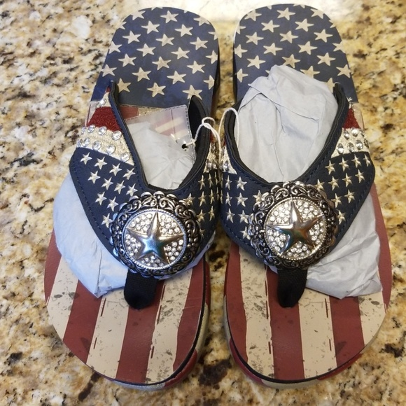 fb08e868578e0 Montana West USA Flip Flops Red